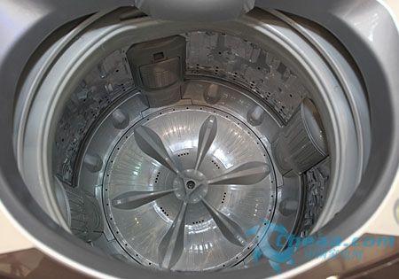 记忆功能使用更方便 小天鹅滚筒洗衣机推荐