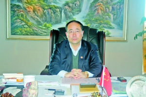 东达集团董事长_达拉特旗旗长高怀京就促进经济高质量发展走访东达集团
