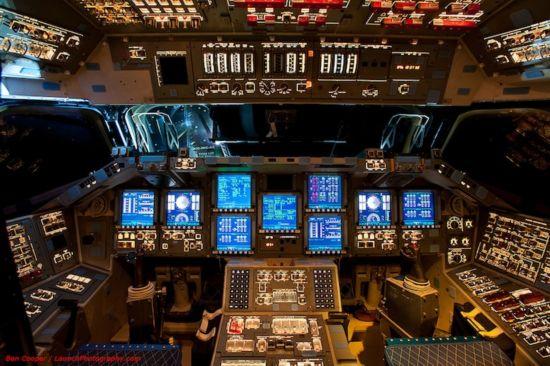 揭秘美国航天飞机驾驶舱复杂内部【5】