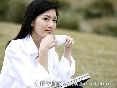 女性月经期间禁喝浓茶 养生喝茶的注意事项【