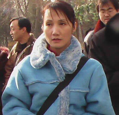 87版红楼梦演员今昔家居照对比 薛宝钗 张莉无差别