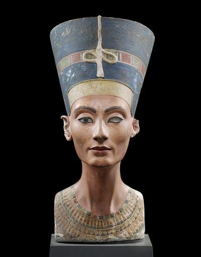 现藏于德国柏林博物馆的娜芙蒂蒂头像