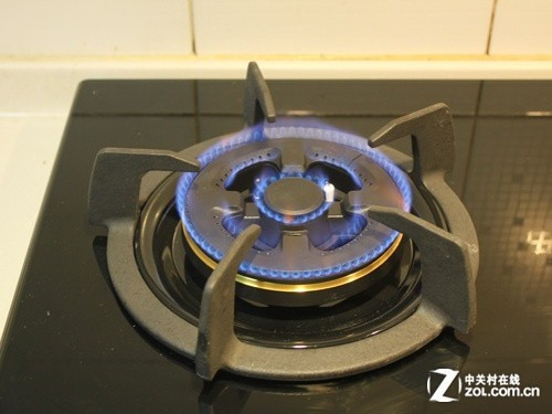 则是气体压力太低,液化气灶的用户建议其更换新减压阀,煤质气和天然气图片