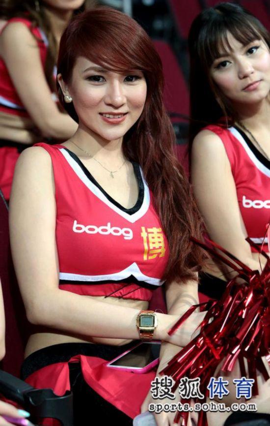 男篮亚锦赛:菲律宾模特啦啦队养眼+美女化身中