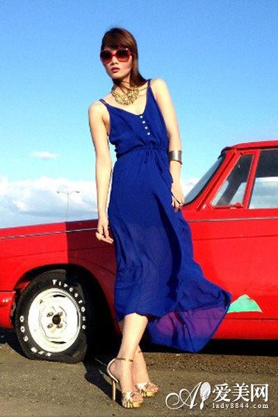 小编解析>>>   雪纺连衣裙是no.1搜索量单品,吊带设计的雪高清图片