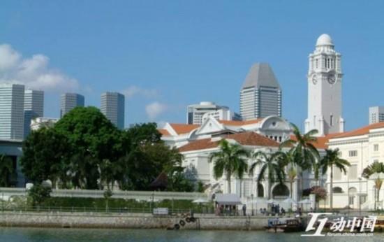 早在2010年之后,新加坡政府提高移民准入门槛的迹象便陆续出现。2011年中下旬开始,EDB当局对申请投资移民过度包装的申请人出现了集中拒绝面试。此外,申请周期的拉长、对递交申请材料的真实性要求申请人在领事馆签订具有法律效应的承诺书,都已露端倪。