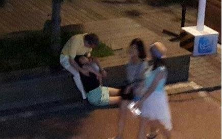 青岛警方称醉酒女子遭3名男子猥亵不属实(图)
