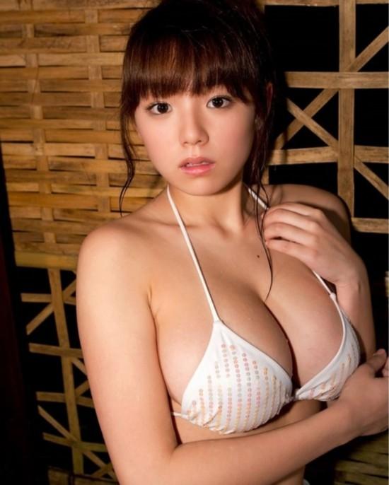 曼联乳神荣膺日本美胸女星之首