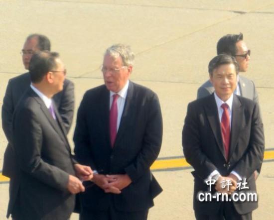 马英九抵达纽约 美在台协会主席亲自接机 图