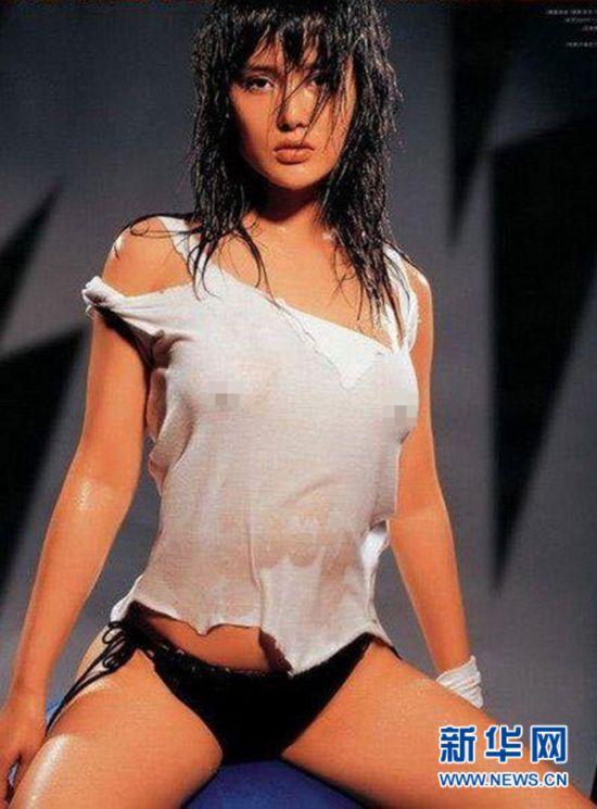 网络美女张馨予的湿身照