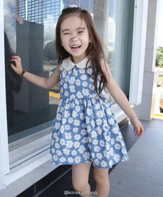 韩国6岁萝莉美照走红网络 卖萌散发性感的撩人