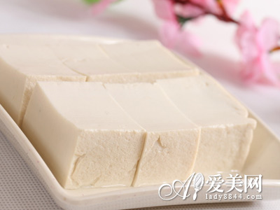 秋季养生多吃豆腐 6款豆腐食疗 滋补养颜