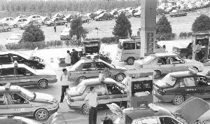 难堪成本重负 多地天然气出租车酝酿提价