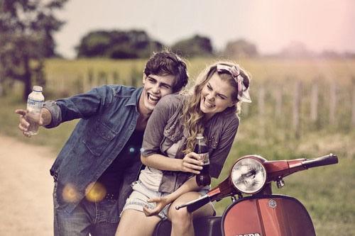 """女人 美女 男人 情侣 幸福/2、梦见""""约会"""",暗示你现在的恋爱将会发生变化"""