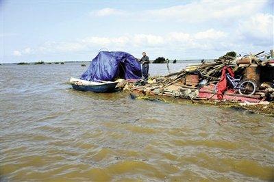 东北洪灾已致黑龙江吉林22人遇难 深处淹过屋顶