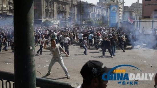 """埃及穆兄会16日发动一场全国范围的""""愤怒日""""游行。"""
