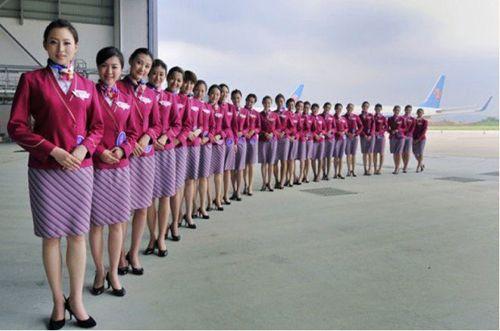 各国航空公司最靓丽的空姐制服图片