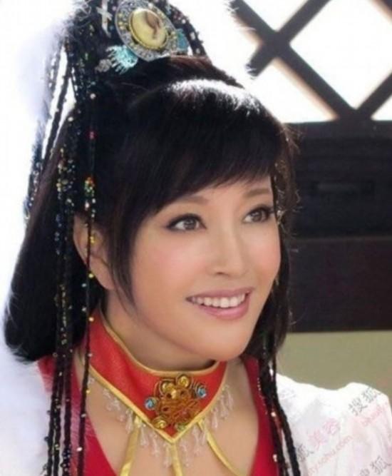 刘晓庆四度结婚 揭秘现任老公王晓玉的真实身份图片