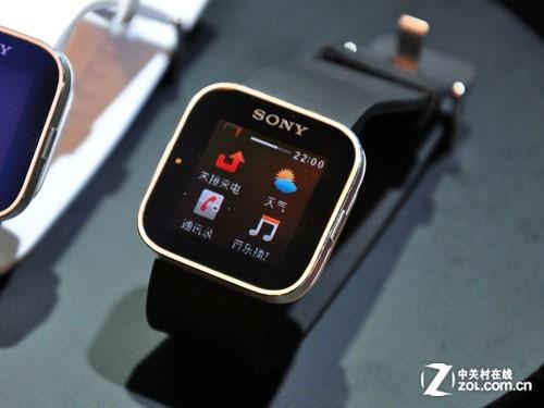 经在国内发布的索尼智能手表-分化通信功能 大屏手机还需小配件