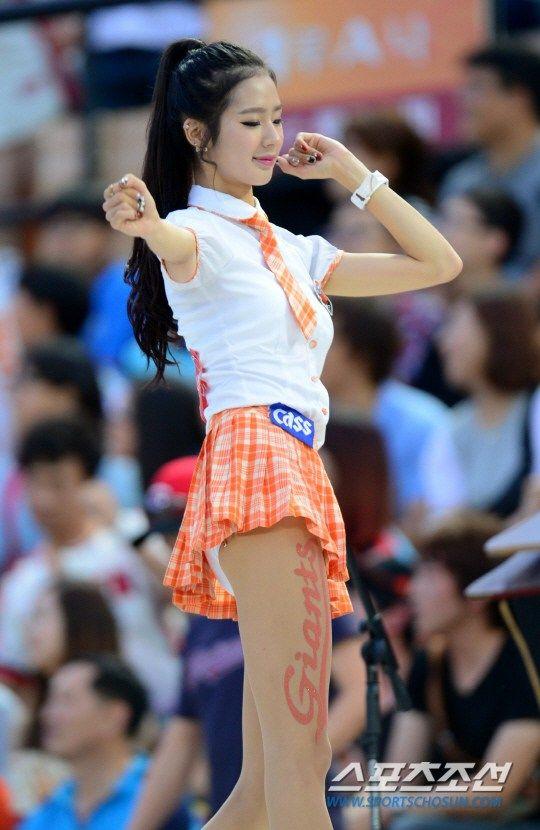 史上最性感演出 韩国啦啦队女神甩臀跳舞 【2