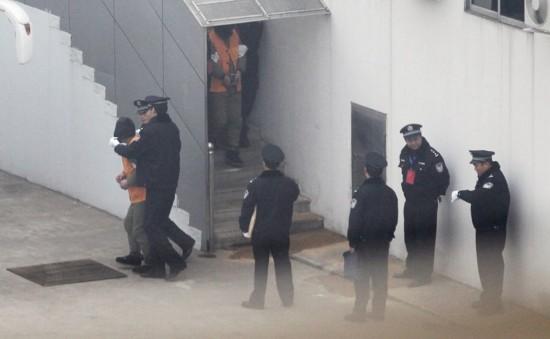 青岛涉黑案头目聂磊被执行注射死刑 现场戒备