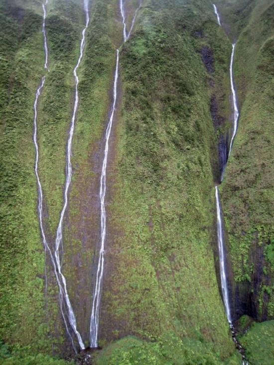 """[原创]《美不胜收的夏威夷""""哭墙""""瀑布》 -        jswzjl - 不拘一格"""
