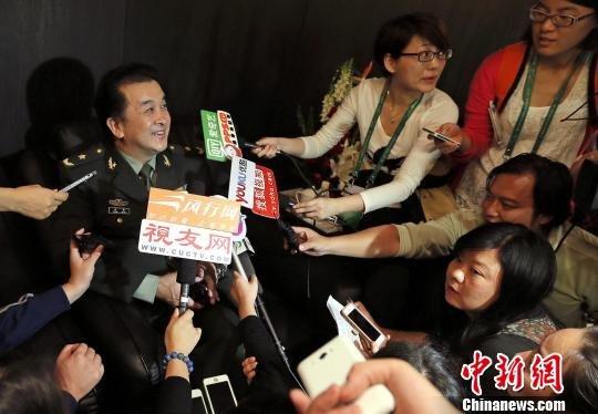 黄宏称已婉拒春晚邀请:今年恐怕没有时间上了