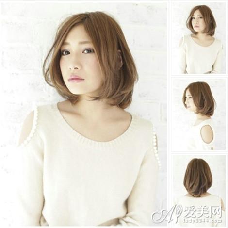 亚麻色中分短发 -最新日系亚麻色染发 甜美显白又减龄图片