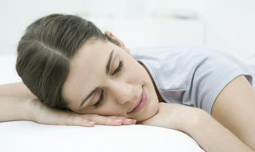 女性养生:22种睡眠方式会加速女人衰老组图