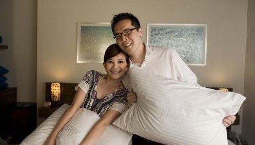梁静茹和老公微博确认怀孕喜讯