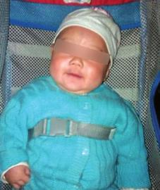宝宝 江里/被狠心爸爸丢掉的宝宝的照片。(图据网络)