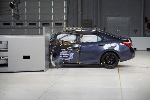 丰田拟升级卡罗拉安全性 改变碰撞测试表现-丰田提升卡罗拉安全性 改高清图片