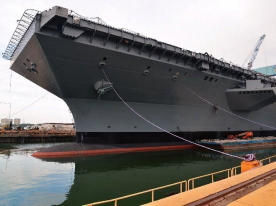 美国 福特 号航母下水 世界最强航母服役在即 图图片