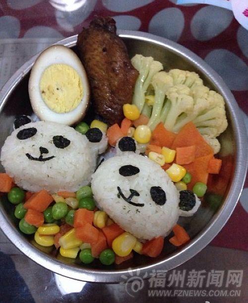 """对付孩子偏食绝招 幼儿园创意午餐""""萌翻""""网友"""