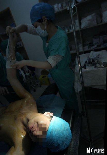 女人 重庆/原标题:纪实:男人如何变成女人 变性手术全程