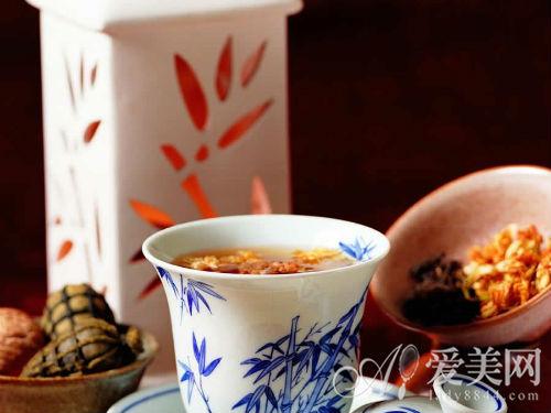 蜂蜜与茉莉花茶能一起喝吗