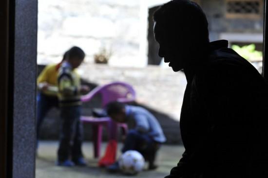 男子买回越南新娘全家感染艾滋病后