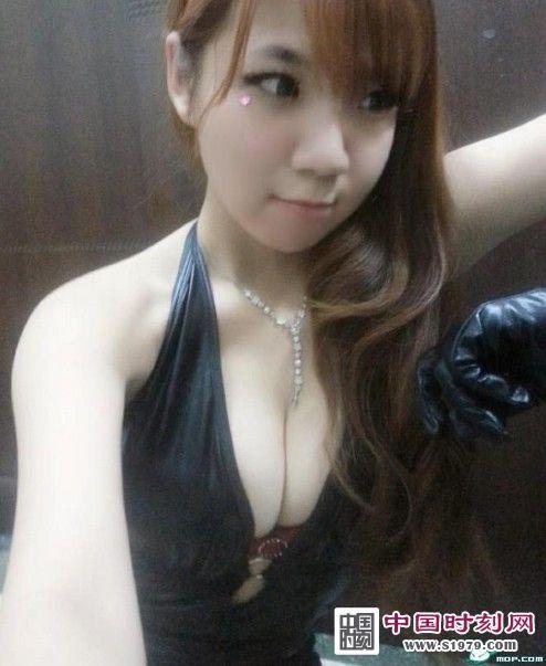 【组图】台湾童颜巨乳美少女刘甜甜自晒裸照