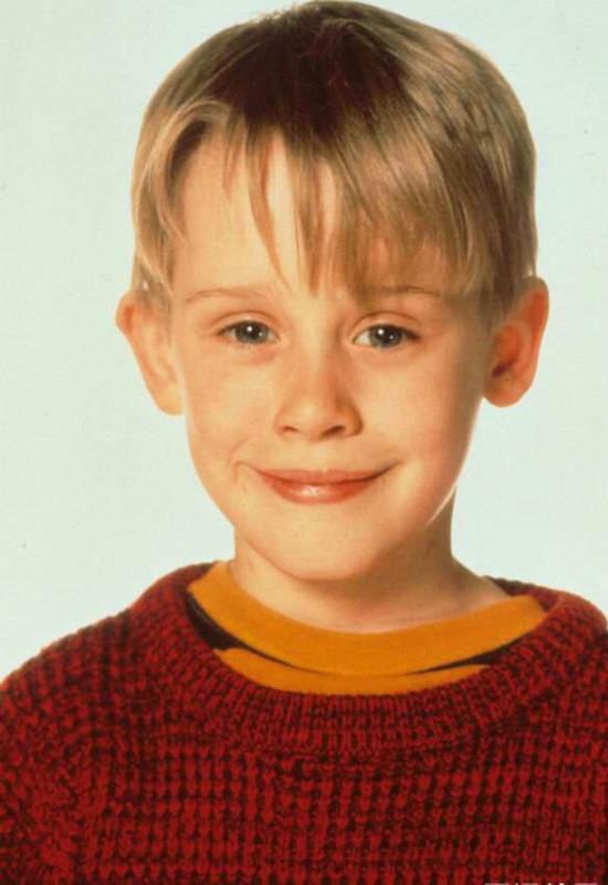 《小鬼当家》男主角麦考利.卡尔金