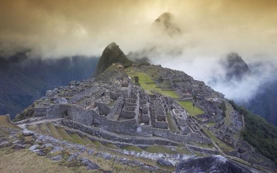 秘鲁马丘比丘 马丘比丘古镇在2007年被赋予 新世界奇迹 的...
