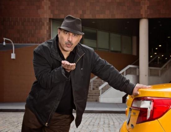 纽约出租车司机为慈善集体拍搞笑日历照