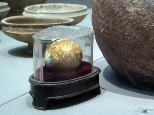 """南京博物院展出距今2800年""""西周鸡蛋"""""""