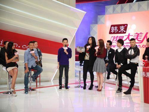 及伟佳参加湖南卫视《我是大美人》节目录制