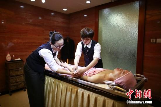 让逝者美丽离去 上海殡仪馆推故人出浴服务-