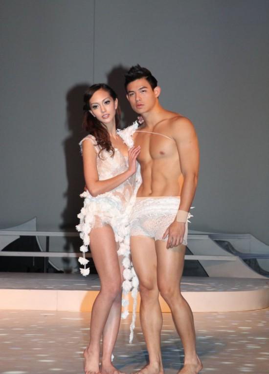 戏嫩模真空装与男模热舞 曾传出 艳照门 组图