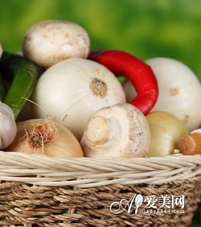 大蒜抑制霉菌感染-饮食养生 15种神奇食物 治病胜药