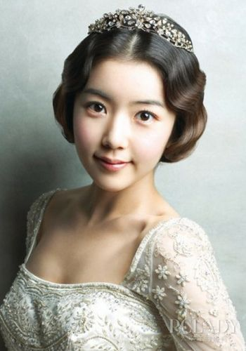 明星结婚季 新娘发型流行自然最美【12】图片