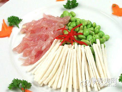 青菜比牛奶更补钙! 冬天补钙多吃6种蔬菜