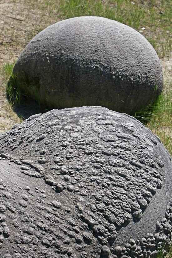 羅馬尼亞神石遇到下雨會『茁壯生長』【4】