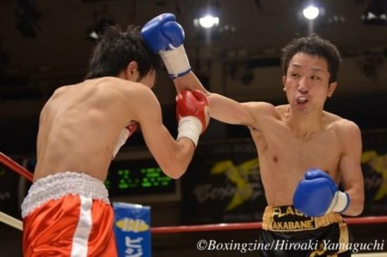 日本21岁拳手首战身亡 生前最后比赛画面曝光 组图